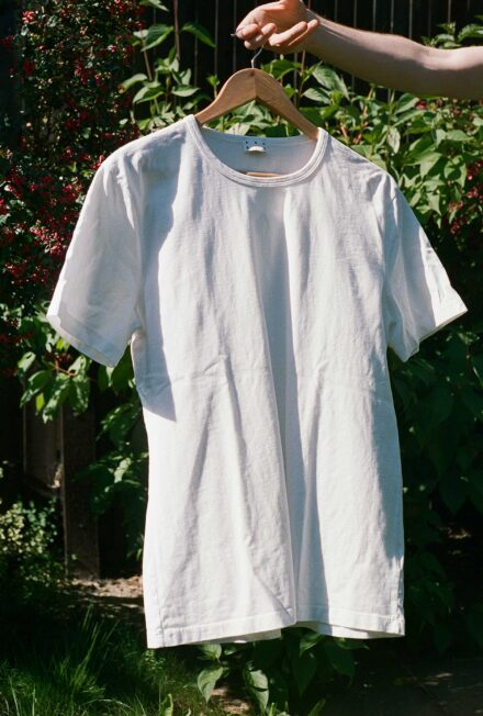 Asket Egyptian Cotton T-shirt. Our overall top pick for best plain, white t-shirt in this review.